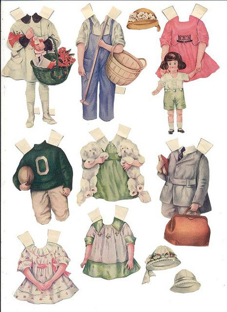 https://flic.kr/p/2miDDT | Unidentified Paper Dolls 2.