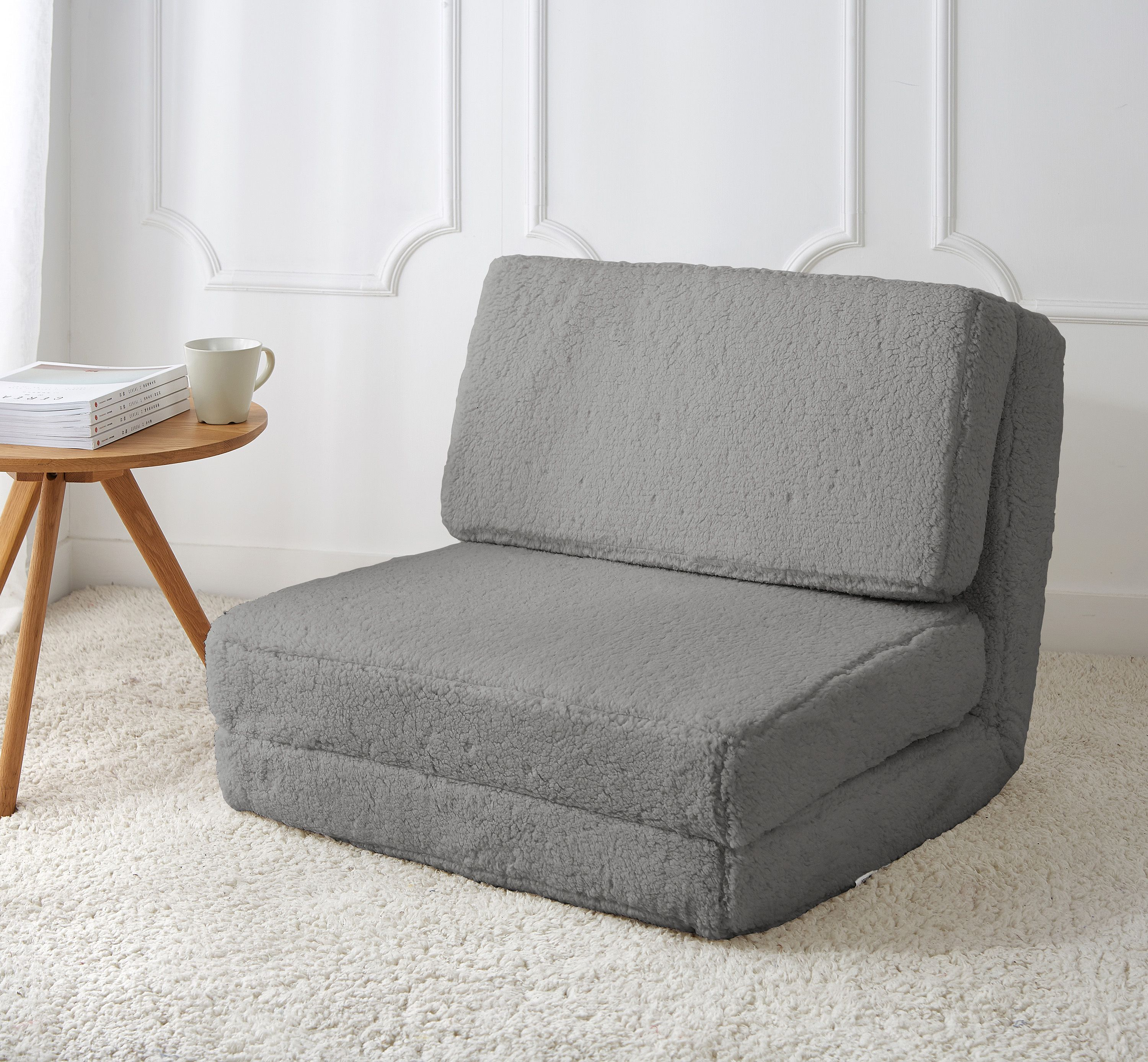 Home In 2020 Small Apartment Room Comfortable Chair Chair