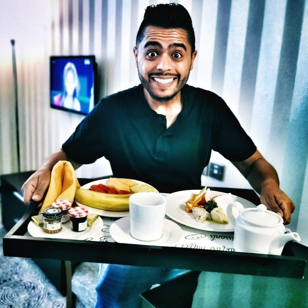 من يترقب الصباح صابرا يلاقي الصباح قويا جبران خليل جبران تماركوف تابعنا فندق جراند ماجستك الكويت يوتيوب يوتيوبر Garlic Garlic Press Kitchen