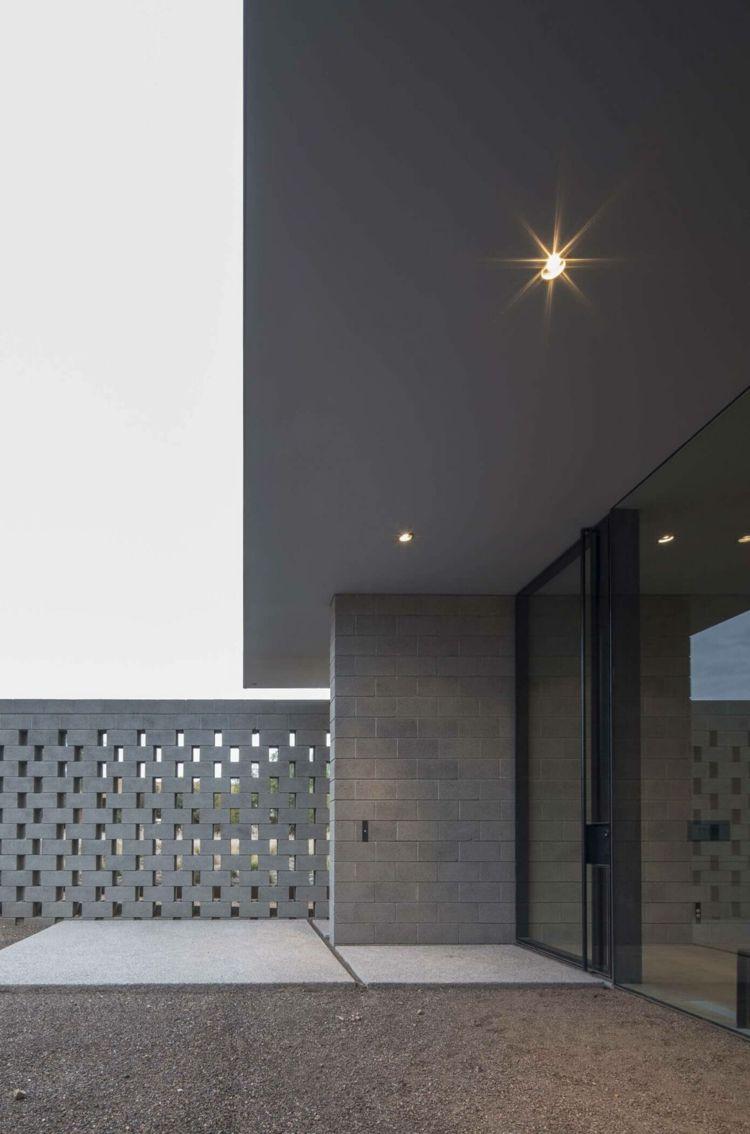 Mauerwerk Sichtschutz Eingang Glas Tuer Einbauleuchten