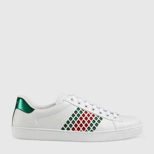 Gucci Sneaker bassa Ace in pelle Scarpe Gucci 3ec8f99f0127