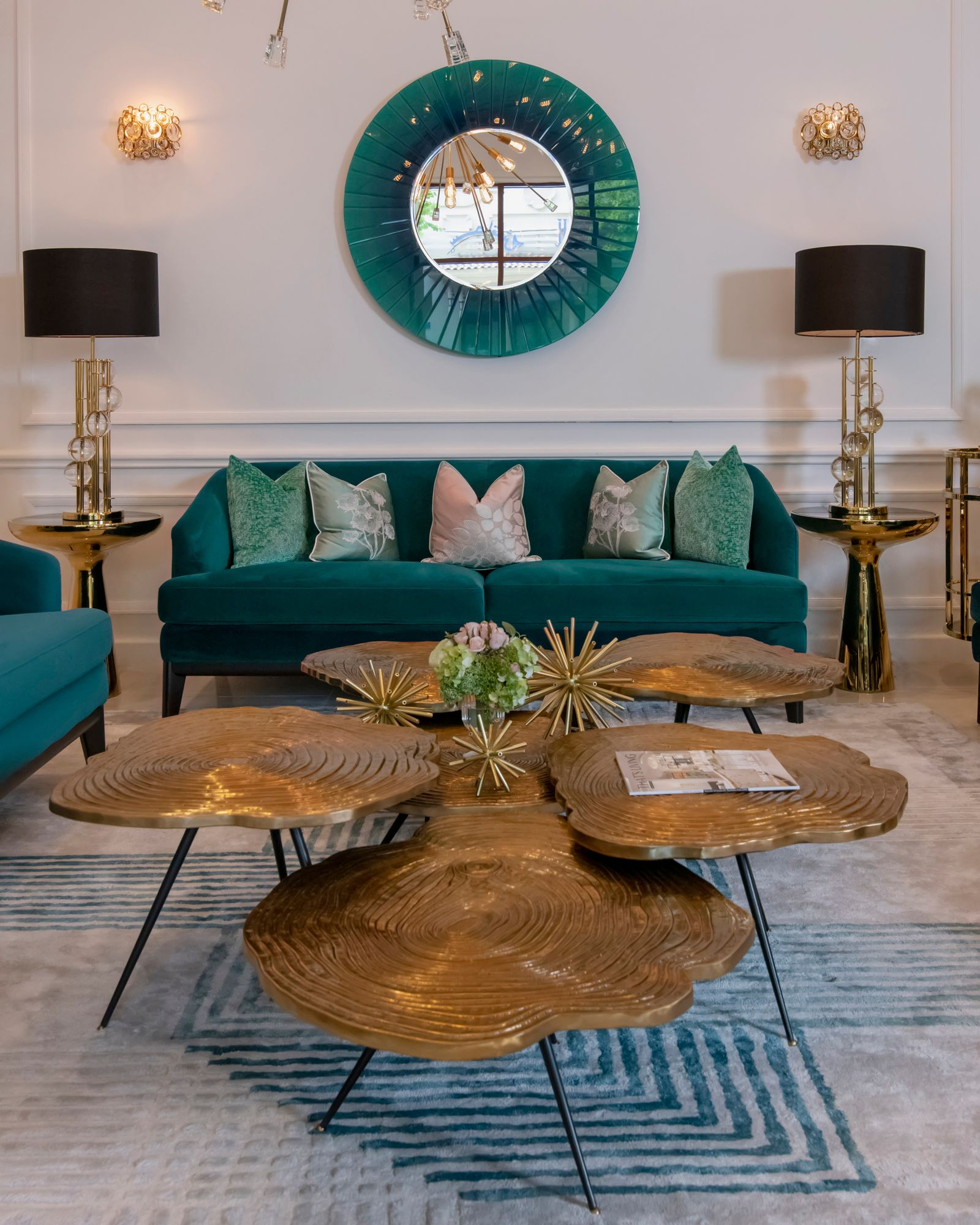 This Living Room Mixes Smart Furniture World Class Craftsmanship And Handpicks Items To Bowl Your Guests Over V Luxury Furniture Unique Home Decor Home Decor