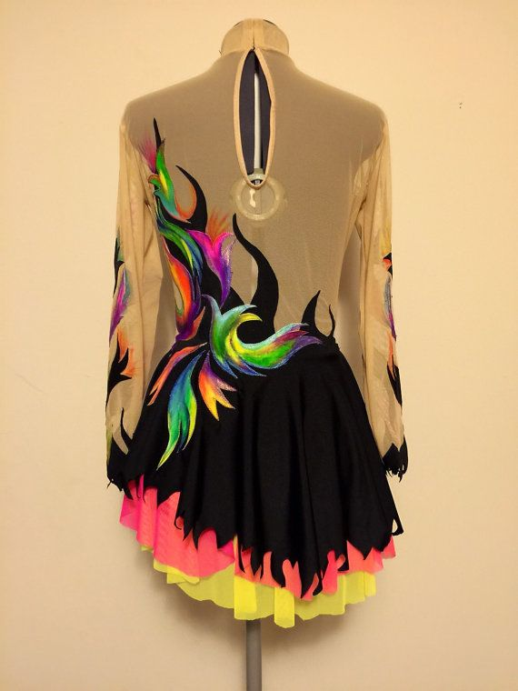 robe de comp tition patinage vendu par savalia sur etsy grs pinterest patinage robe de et. Black Bedroom Furniture Sets. Home Design Ideas