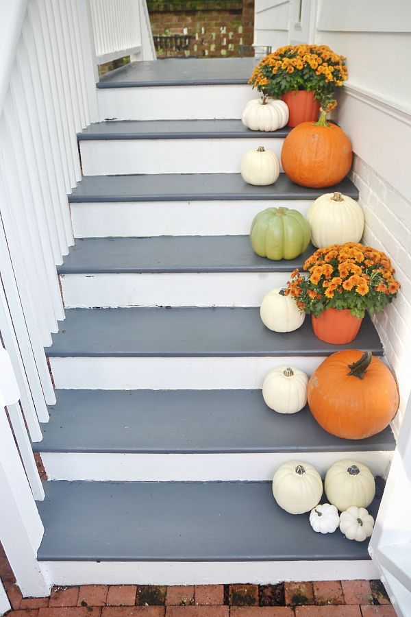 Stairway Makeover & Fall Stairs | entre et couloirs ...