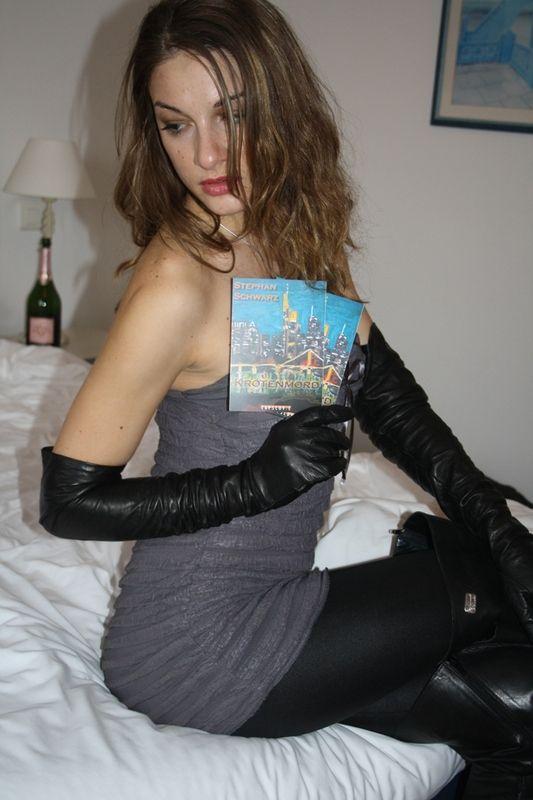 Latex glove and leather glove