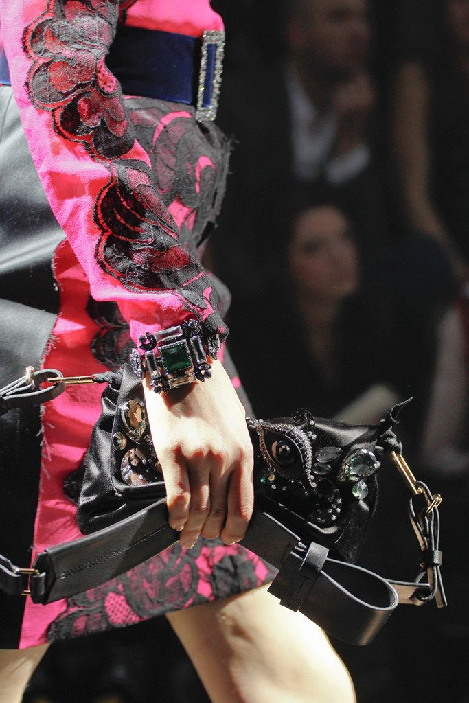 See detail photos for Lanvin Fall 2012 Ready-to-Wear collection.