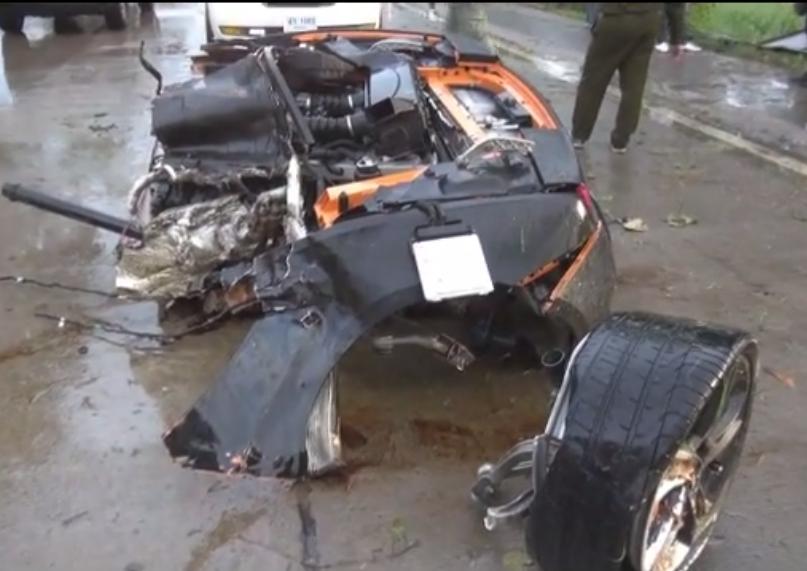 Young Driver Miraculously Survives Crash Splitting His Lamborghini