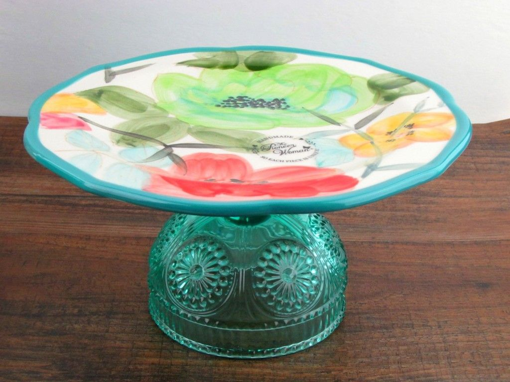 Combine your pieces to make a cake stand pioneer woman