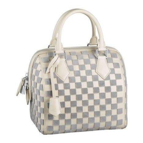 2eb8fc105a8 Louis Vuitton handbas for women   replica handbags   Pinterest ...