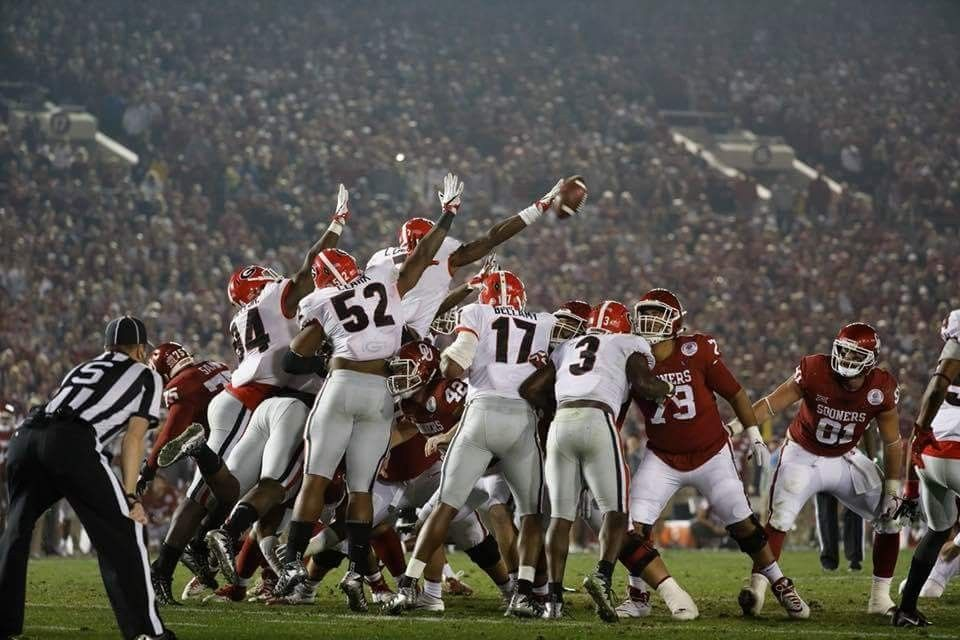 7b025fed447 Stunning field goal block by Lorenzo Carter in the Rose Bowl... UGA wins.  National Championship bound!