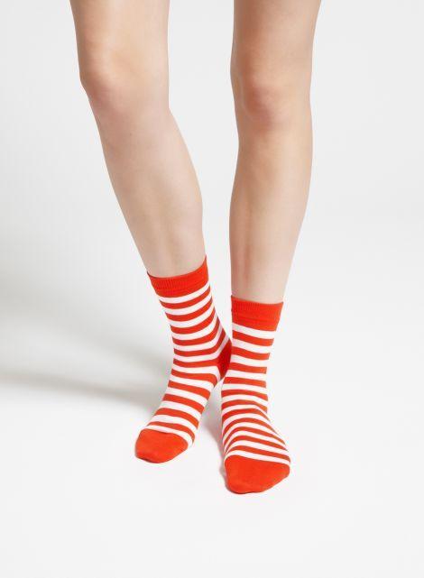 Raitsu-sukat (tomaatti, valkoinen) |Asusteet, Sukat ja sukkahousut, Laukut & asusteet | Marimekko