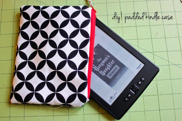 rouge & whimsy: how to sew a padded ereader pouch