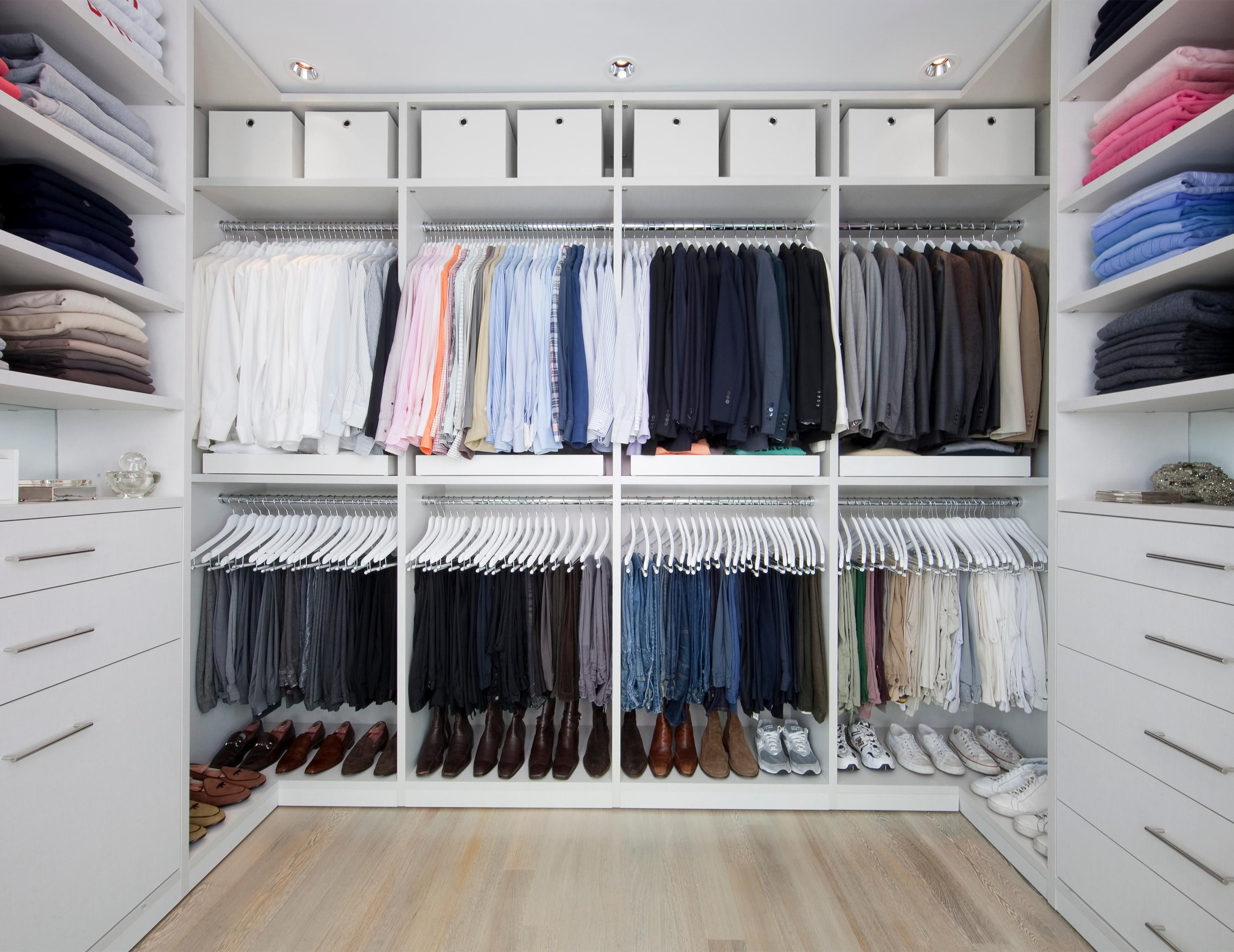 bedroom tidysquares and in closet popular demure system master trend ideas image for inspiring inc design walk a appealing files trends