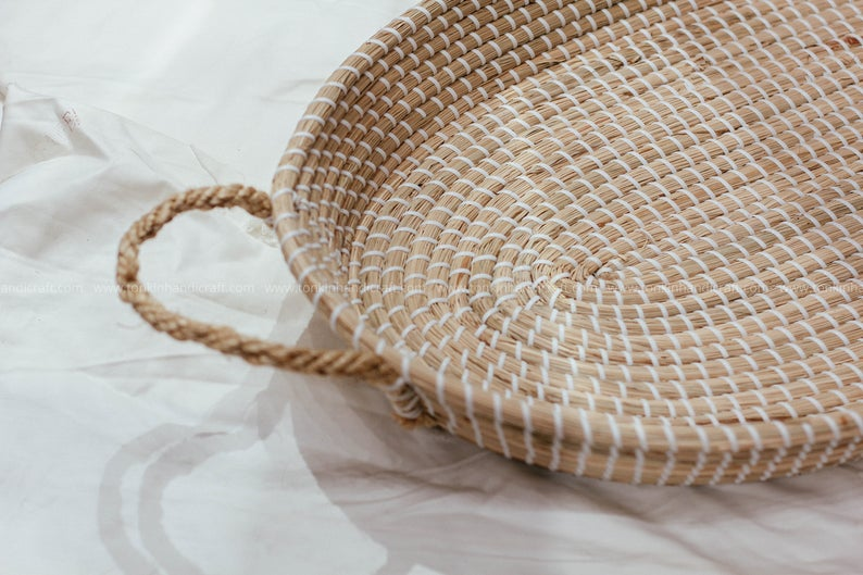 Stylish Changing Mat//Storage Lightweight /& Portable Natural Handwoven Seagrass Baby Changing Basket Eco Friendly Sustainable Baby Product