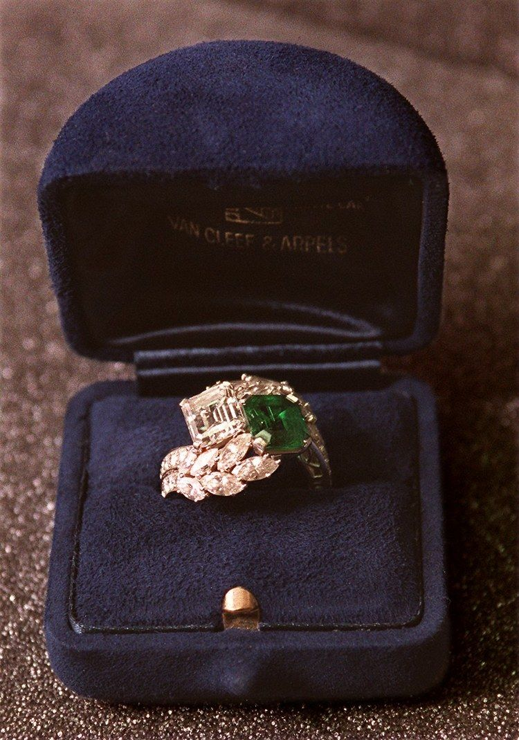 The 20 Most Spectacular Celebrity Engagement Rings Kennedy Engagement Ring Celebrity Engagement Rings Emerald Engagement