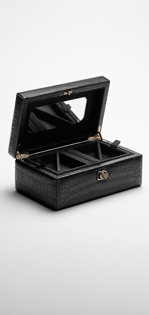 Small alligator jewelry box CHANEL f e t i s h Pinterest