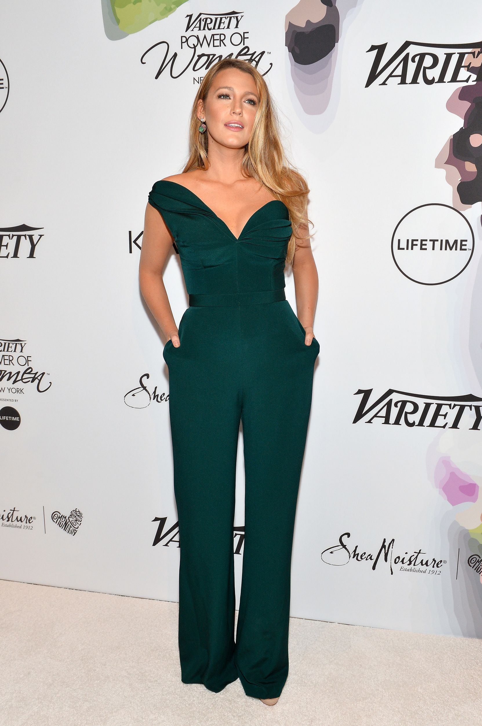 Blake lively scolds reporter on the red carpet would you ask a blake lively scolds reporter on the red carpet would you ask a man that ccuart Choice Image