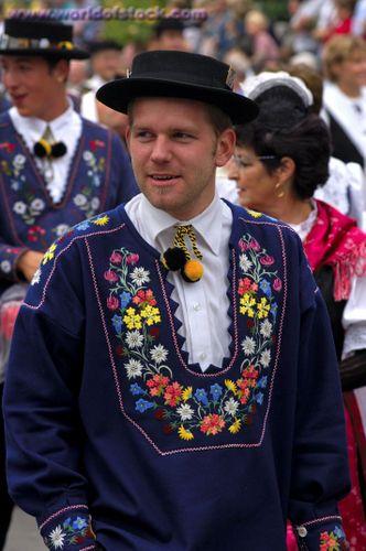 Traditional costume of The Swiss Shepards - Interlaken ...