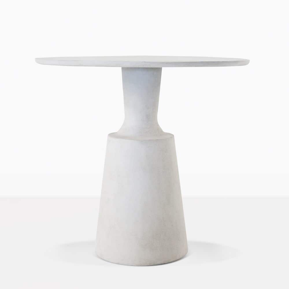 This Round Nicki Outdoor Dining Table Has A Modern Minimalism