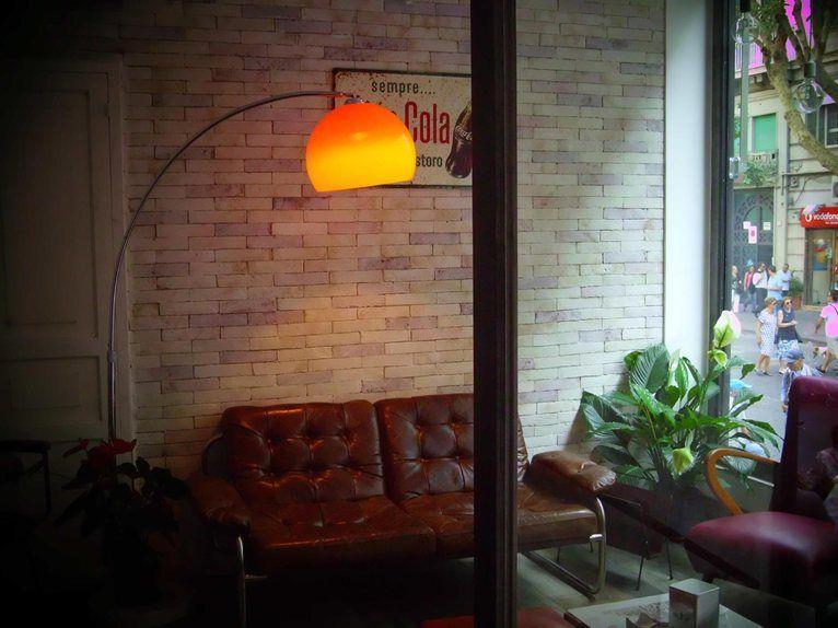 Stairs coffe shop, Napoli, 2013 - Tamara Miranda