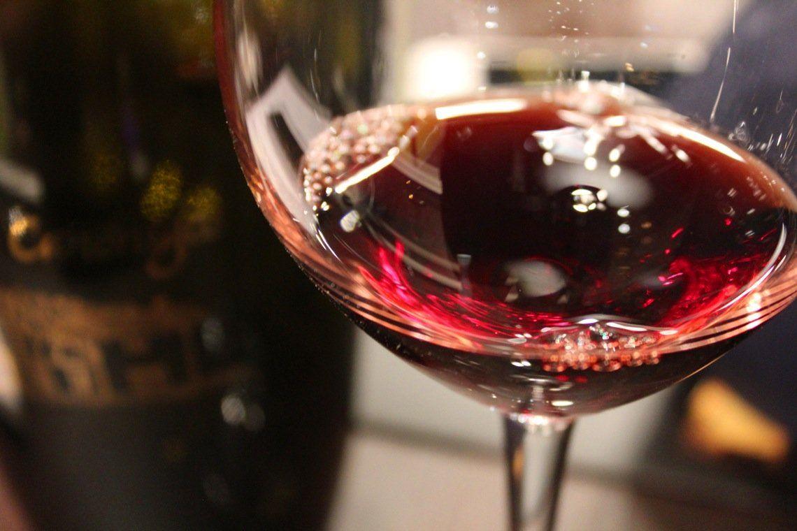 Delicious Food Tapas Tours In Europe Wine Tasting Vineyard Tour Wine Tasting Tours