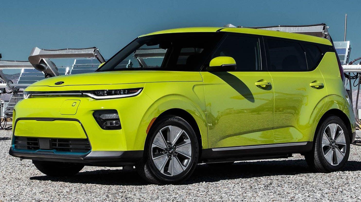 كيا سول 2020 الجديدة كليا من أجمل تصاميم سيارات الكروس أوفر الصغيرة لذوي الذوق الرفيع موقع ويلز Kia Soul Kia Chevrolet Trax