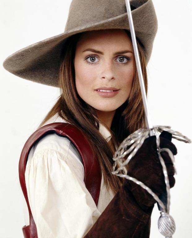 Susie Amy dans La Femme mousquetaire (La Femme Musketeer)