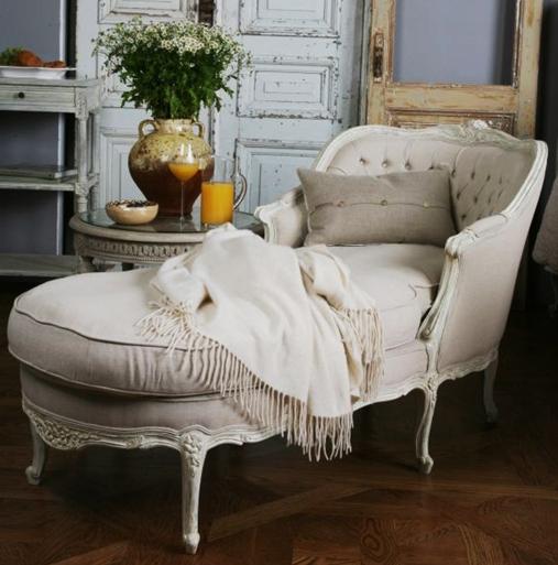Old World Elegance: For The Guest Bedroom- I Love The Old World Elegance Of