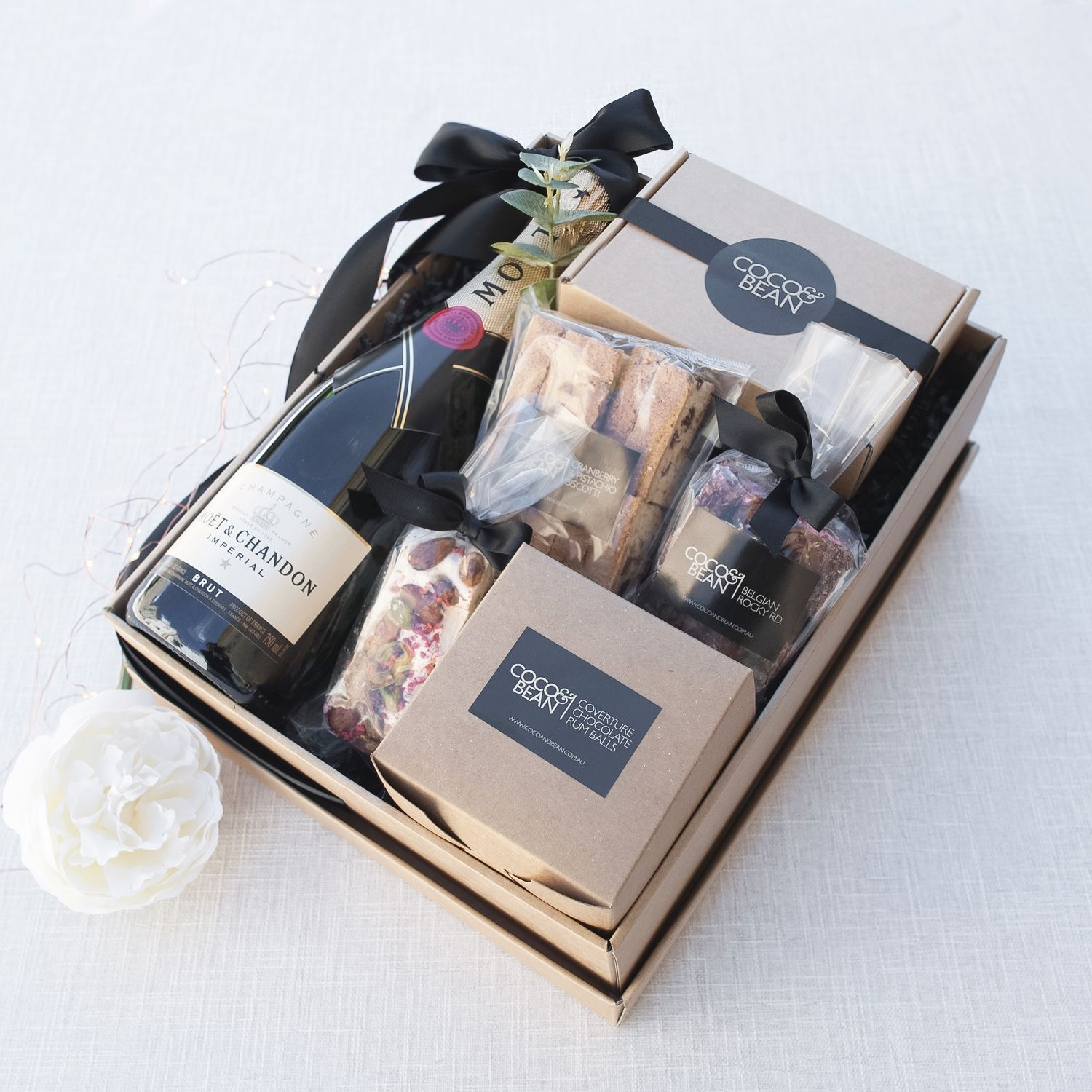 The Luxe Hamper Gourmet Hampers Delivered Free Australia Client Gifts Corporate Gifts Client Gifts Real Estate
