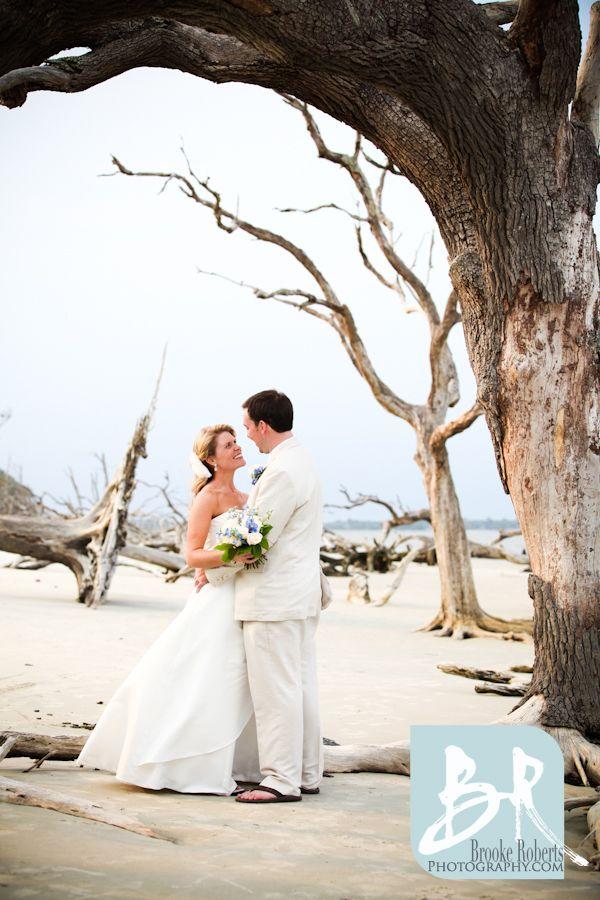 Driftwood Beach Wedding Jekyll Island Wedding Photographers Beach Wedding Pics Driftwood Beach Beach Wedding