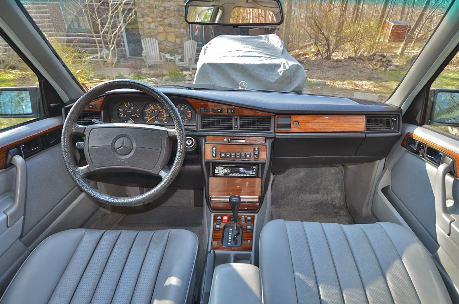 Theclassiccarfactory Com Mercedes Benz W201 190e 2 3 2 6 Cosworth Sportline Limited Edition Revi Mercedes Benz 190 Mercedes Interior Mercedes Benz 190e