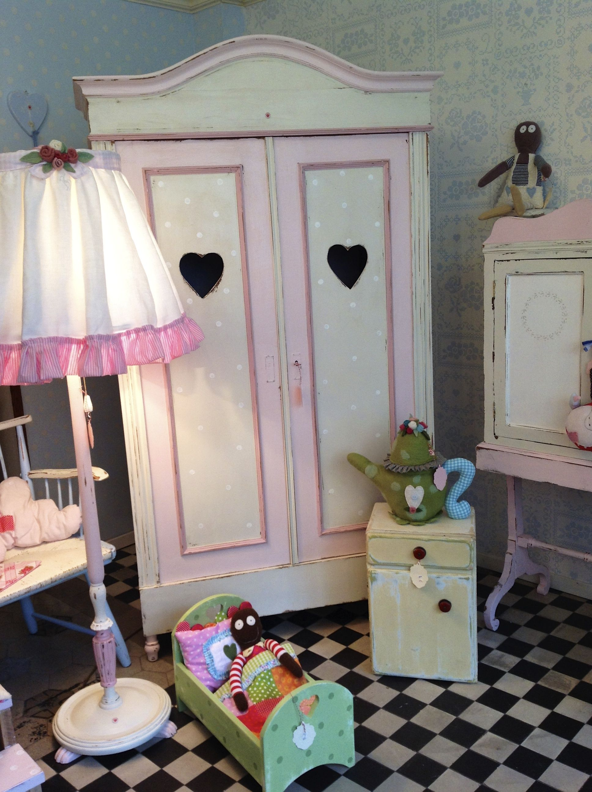 Vintage Kindermöbel | Home sweet Home by HerzensTREU | Pinterest ...