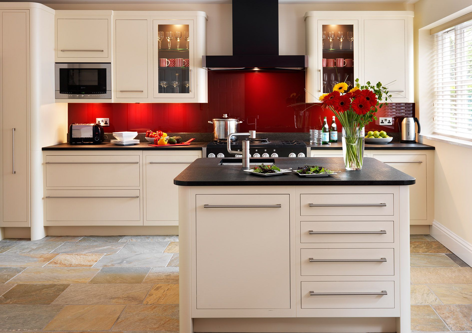 red and cream kitchens harvey jones linear kitchen painted in dulux earthen 851