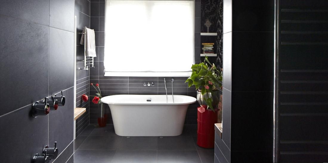 Modern Victorian Home Goes Eclectic Modern Victorian Homes Contemporary Bathroom Designs Modern Bathroom Tile