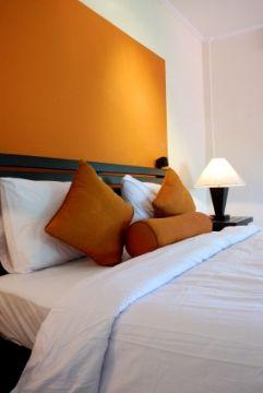 Diseño de Interiores & Arquitectura: Crear Simplicidad Moderna con un estilo de Diseño Interior Contemporáneo.