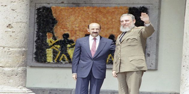 July 18, 1991: Mexican President Carlos Salinas de Gortari and Cuban leader Fidel Castro during the opening of the first Ibero-American summit in Guadalajara, Mexico. I helped coordinate coverage from Mexico City for United Press International (UPI). #cubanleader July 18, 1991: Mexican President Carlos Salinas de Gortari and Cuban leader Fidel Castro during the opening of the first Ibero-American summit in Guadalajara, Mexico. I helped coordinate coverage from Mexico City for United Press Intern #cubanleader