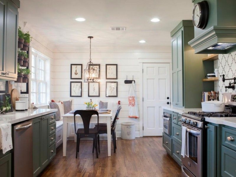 fixer upper the takeaways a thoughtful place fixer upper pinterest. Black Bedroom Furniture Sets. Home Design Ideas