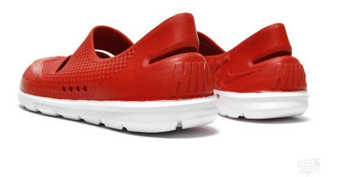 Nike Gato Beach