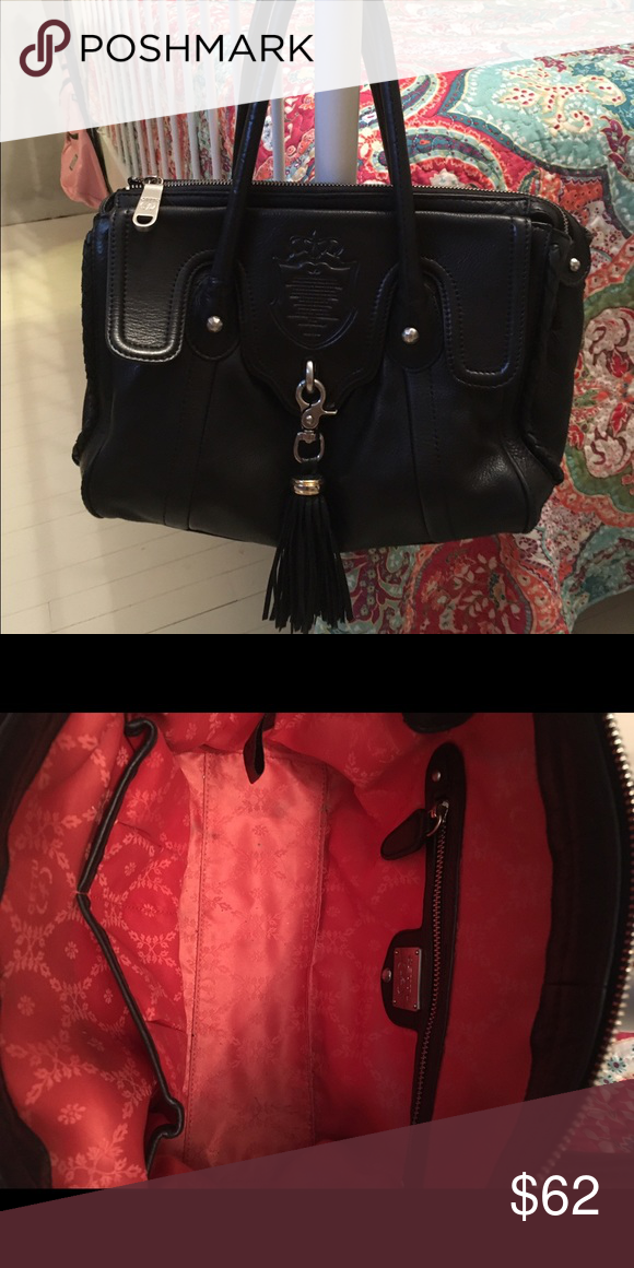 Cettu Leather Purse Black Beautiful Great Condition One Pen Mark On Interior Exterior Is Lots Of Pockets Inside