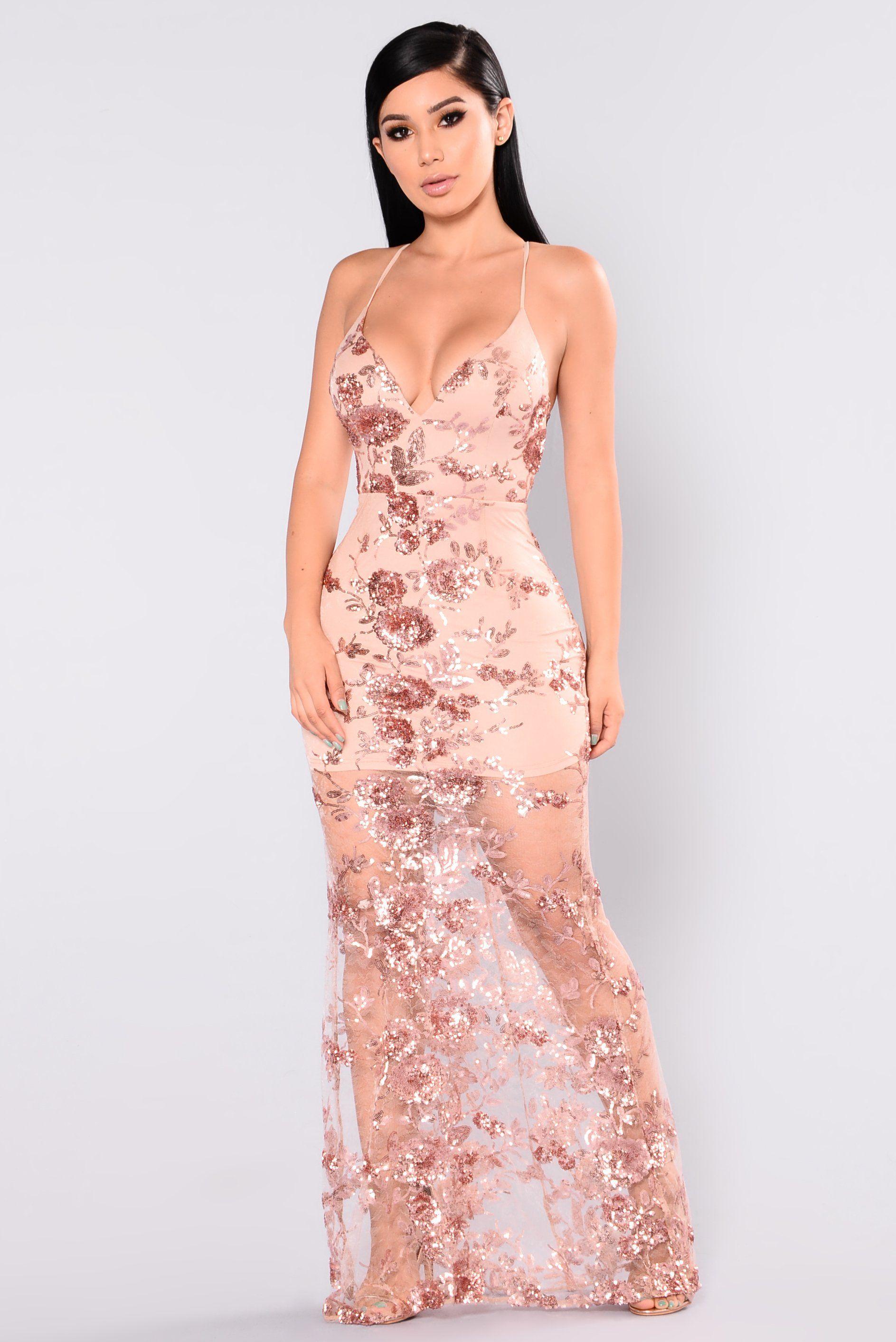 d805d3d1ed9 Q u e e n   Pinterest Melonpoppin🌈 Rose Gold Sequin Dress