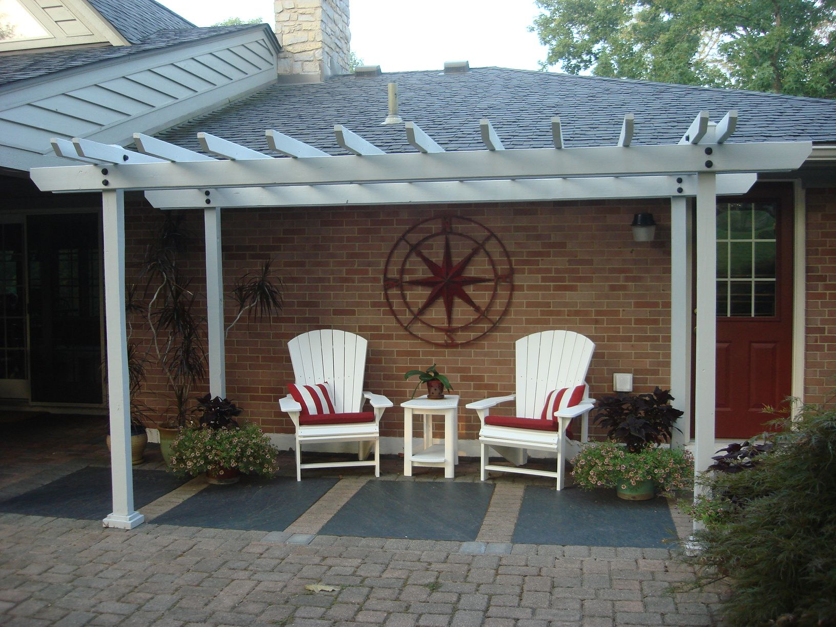 Do You Want To Make Your Outdoor Living Space Like This? Check Out Our  Website   We Have FREE Tutorials, Tips, And Project Plans!