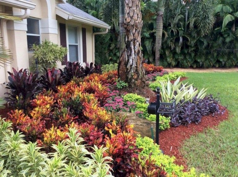 40 handsome tropical front yard landscape ideas for your on attractive tropical landscaping ideas id=65136