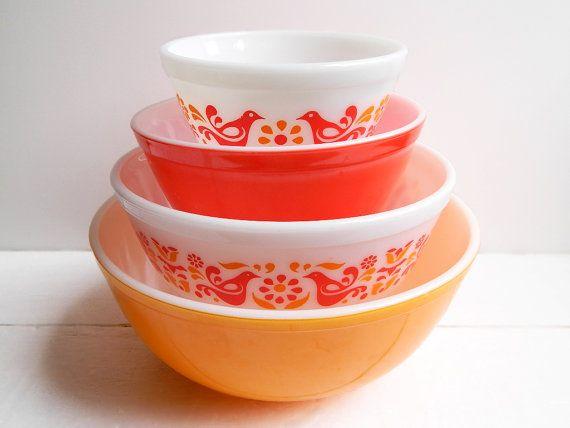 Vintage Pyrex Friendship Mixing Bowls - Set of 4 | Pyrex, Vintage ...