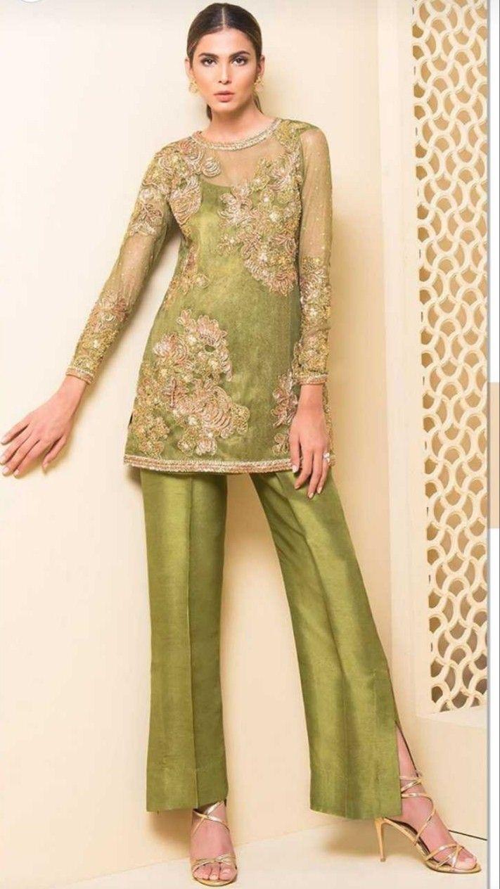 Women fashion saree pin by pooja deshpande on desi fashion  pinterest  dresses