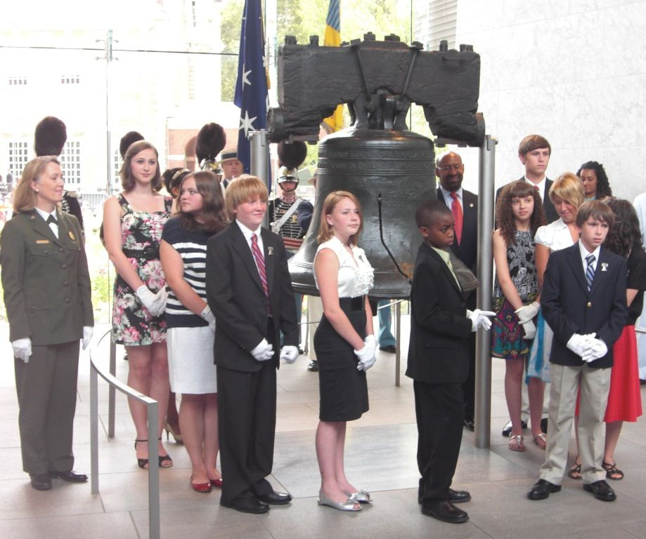 July 4, 2011 Liberty Bell Tappers. Let Freedom Ring Ceremony.  Photo credit Lady Glynstewart.