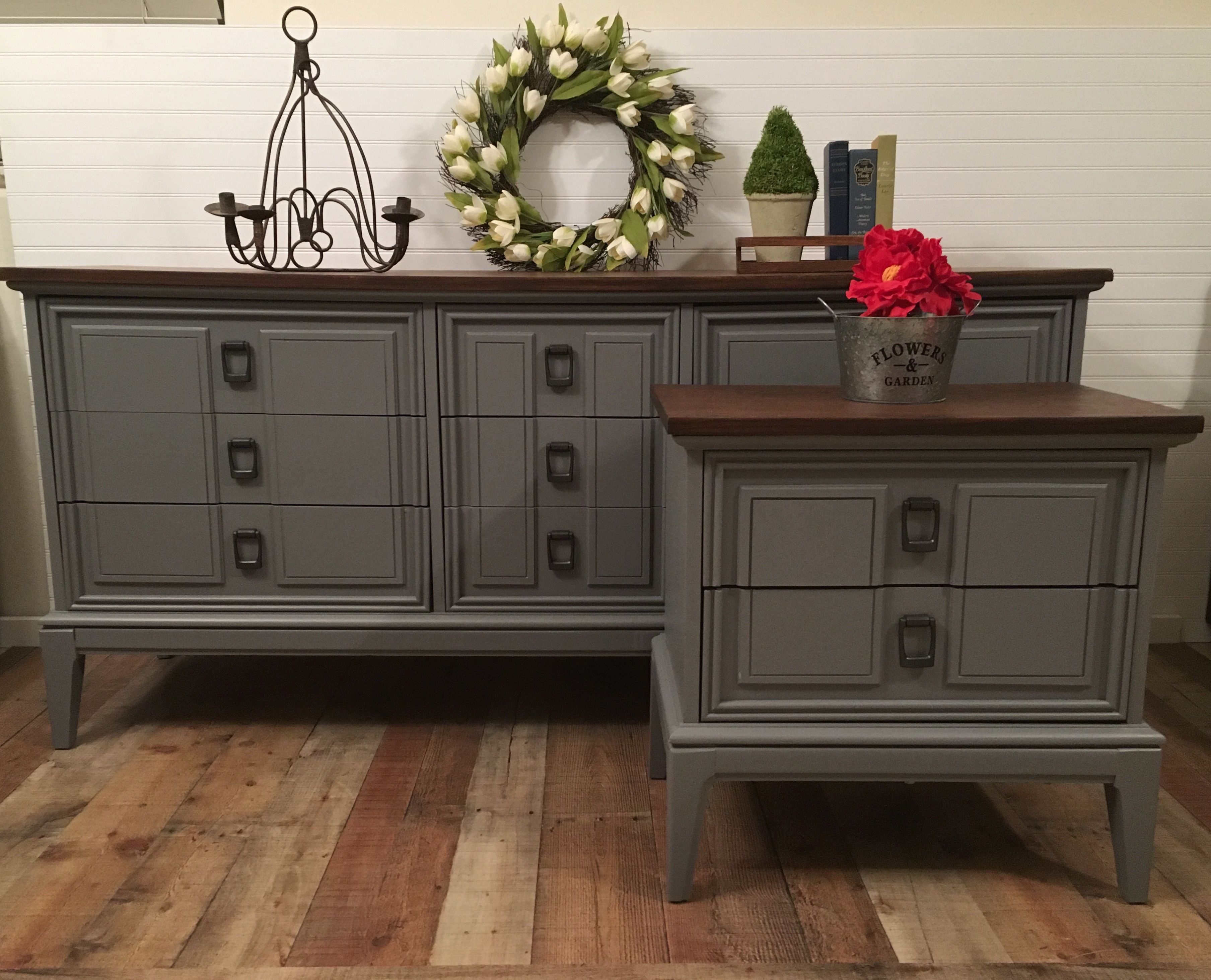 Mid Century Modern Dixie Dresser With Matching Nightstand Mid