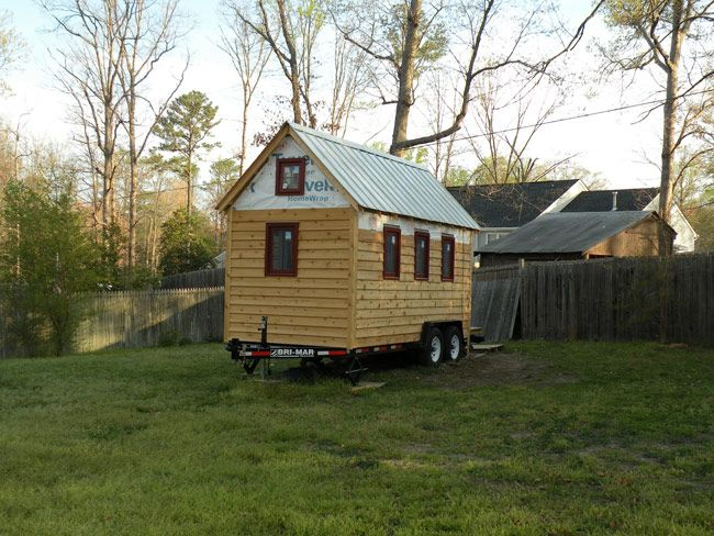Awesome 1000 Images About Tiny Homes On Pinterest Modern Tiny House Largest Home Design Picture Inspirations Pitcheantrous