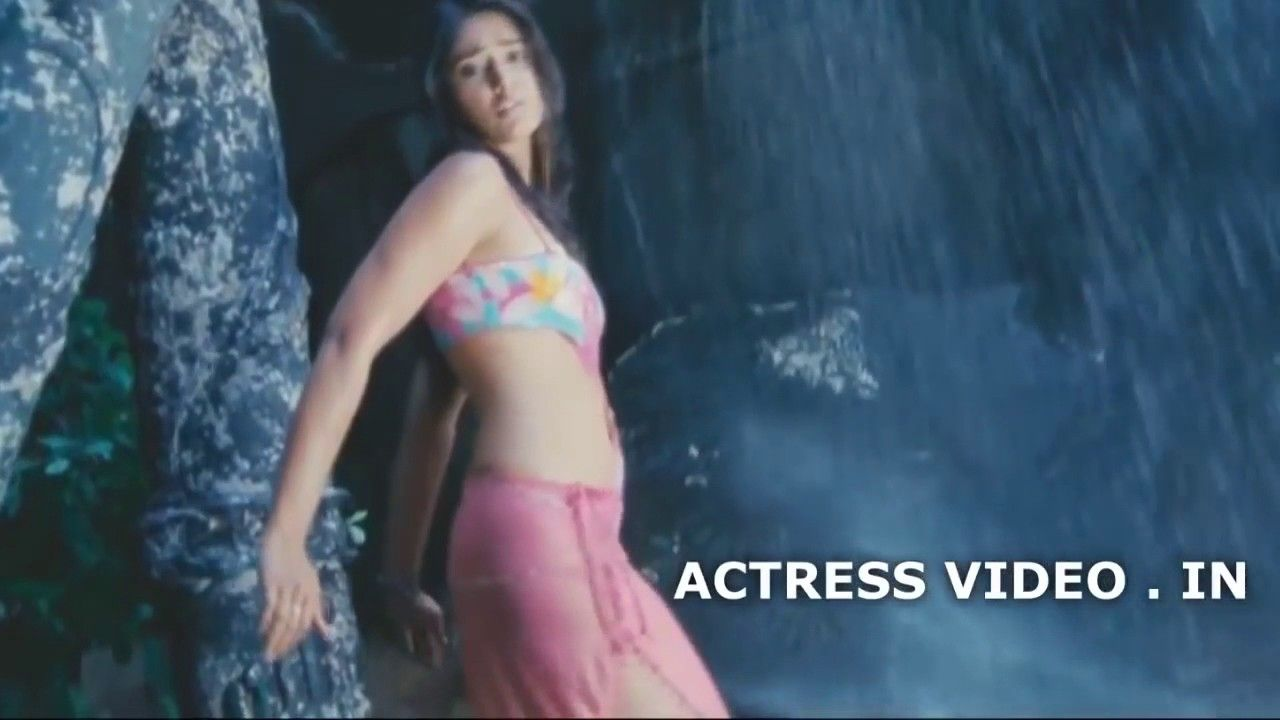 ileana dcruz hot assets slow motion dance sexy butts boobs | movies