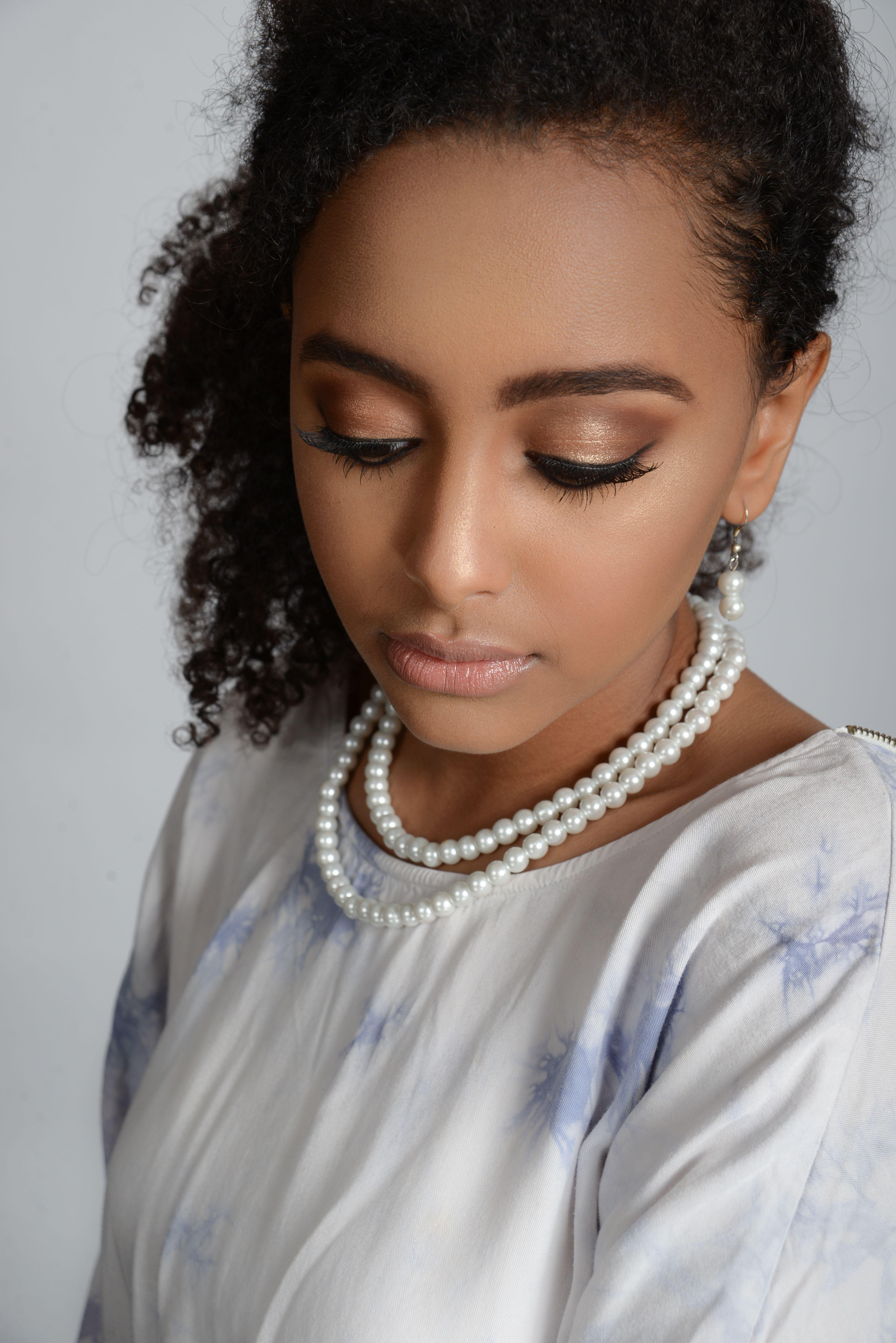 Beauty, Bridal and Glamour makeup classes at CMC Makeup