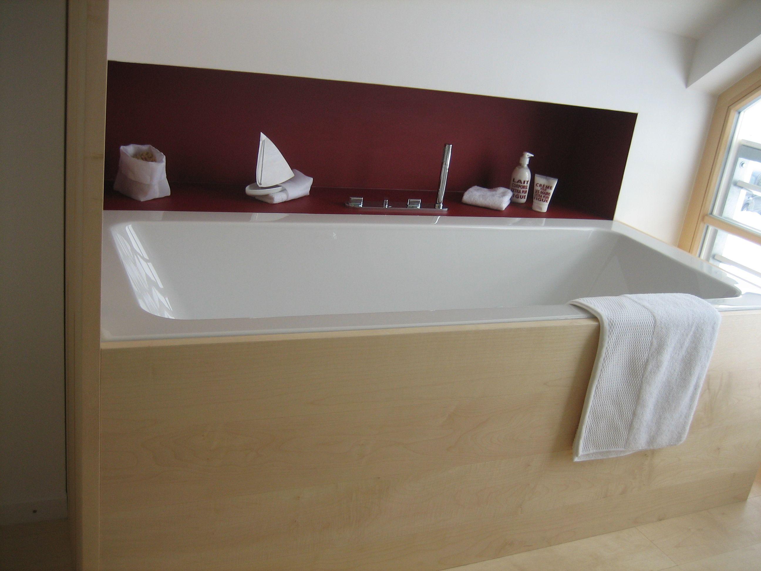 Praktisch Die Nische An Der Badewanne Badezimmer Grundriss Badewanne Badezimmer